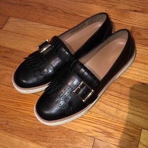 Vionic Cambridge tassel buckle sneakers loafer 9.5